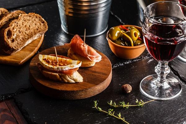 DisfrutayAhorra recomendaciones maridaje vinos y comidas