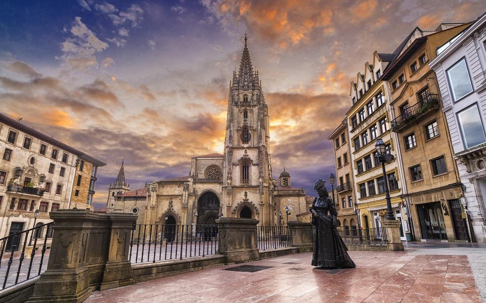 Disfruta más por menos te propone una visita a las mejores ciudades de España para perderte durante el verano